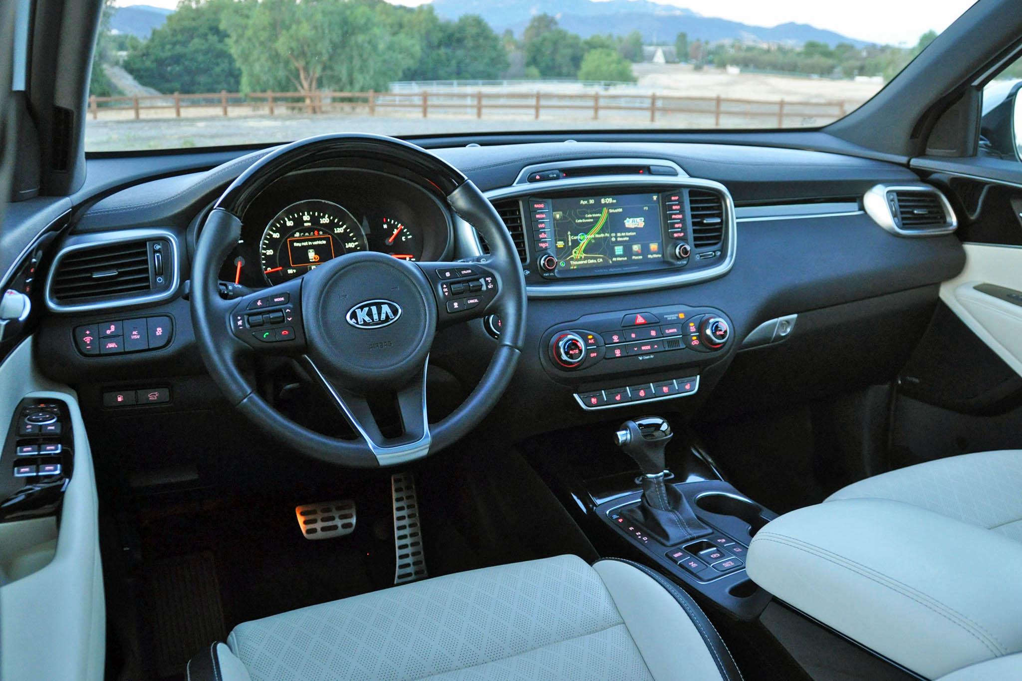 AutoWeb 2015 July Review 2016 Kia Sorento Limited