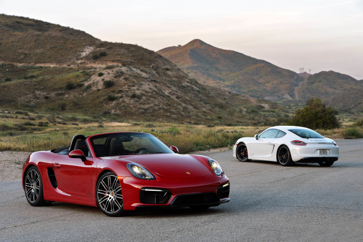 Autoweb-2015-July-Comparison-PDK-vs-Manual-2015-Porsche-Boxster-Cayman-007