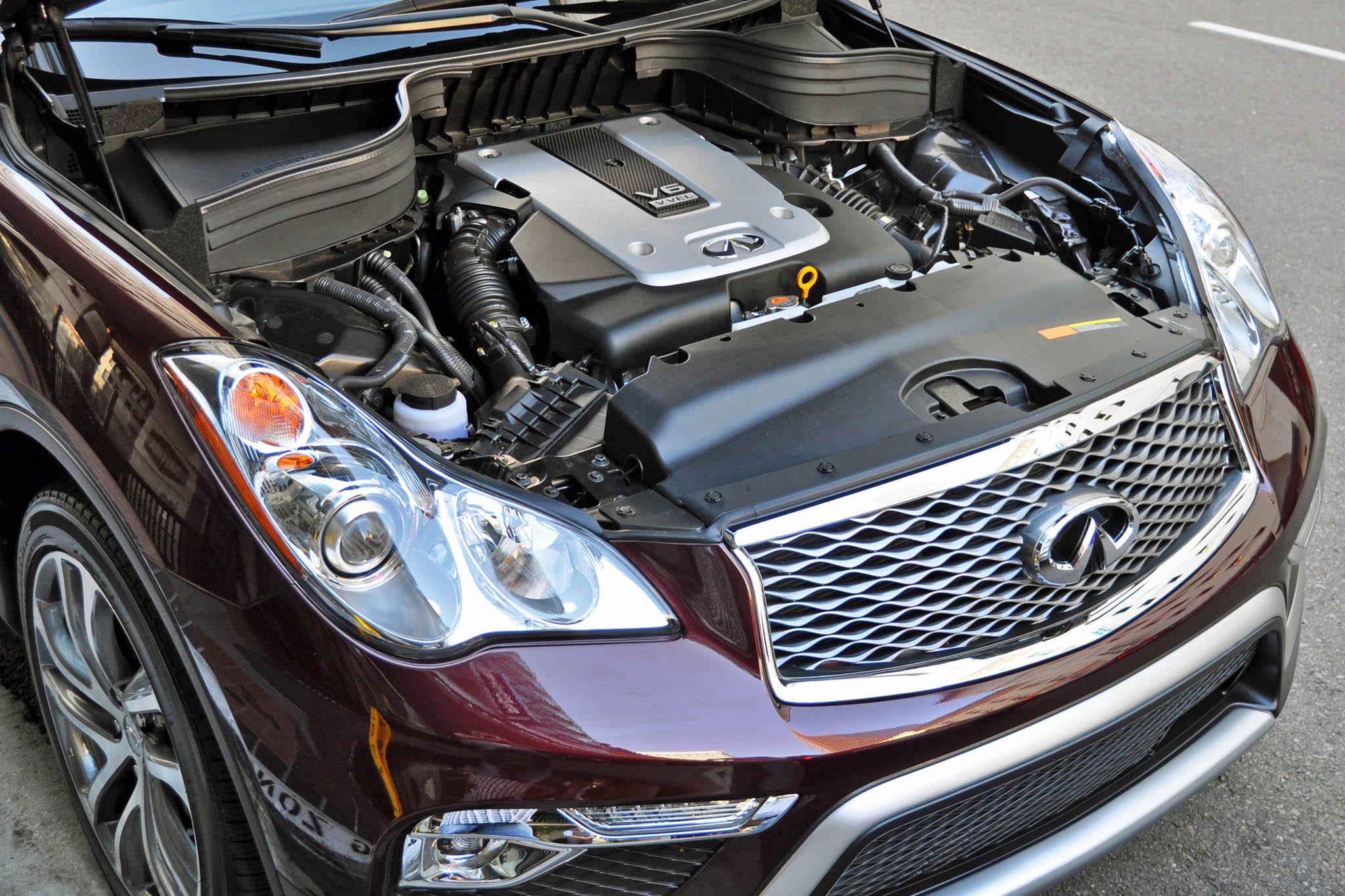 The 2016 Infiniti QX50 remains a niche vehicle, best appreciated by