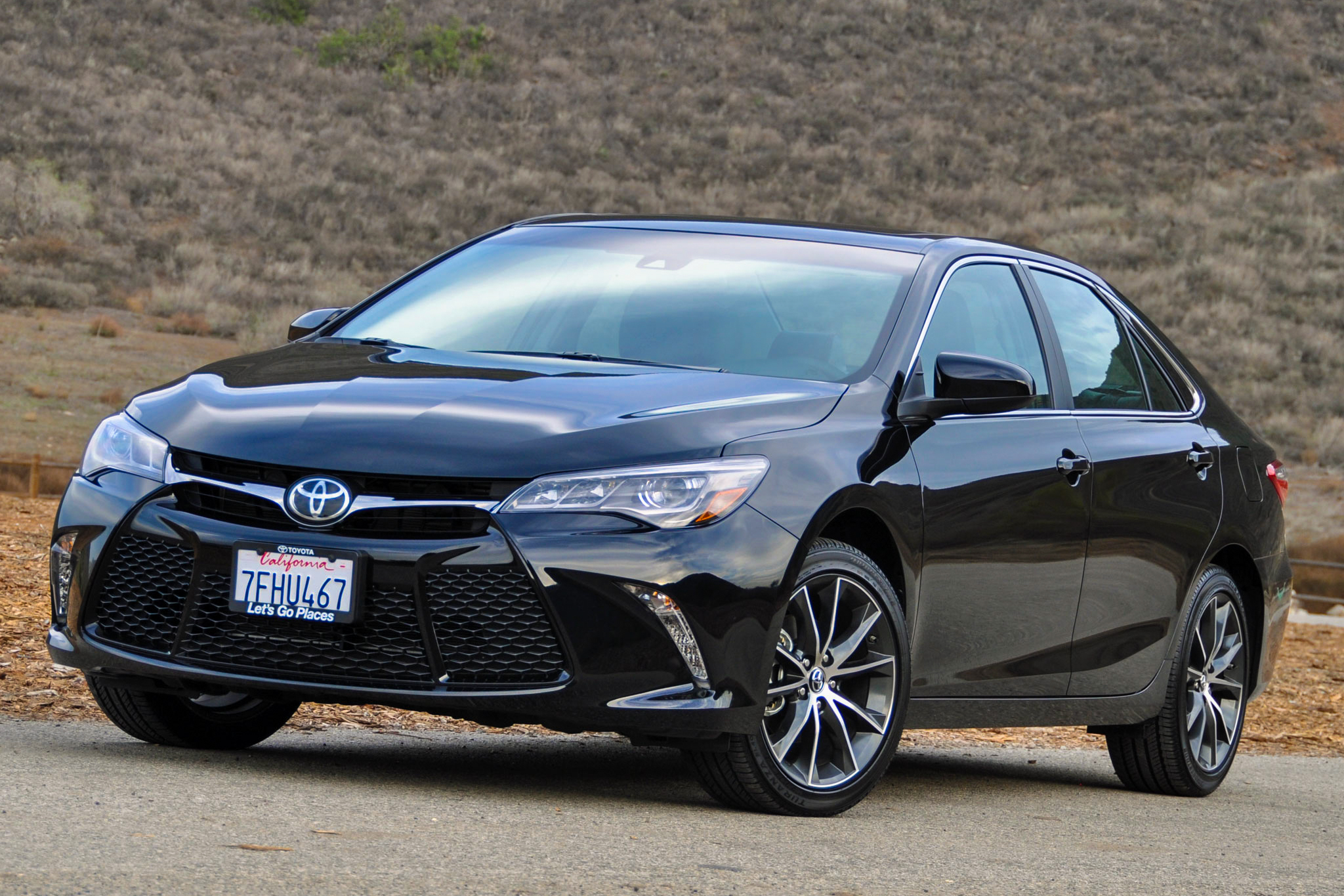 2015 toyota camry xse v6 review autoweb. Black Bedroom Furniture Sets. Home Design Ideas