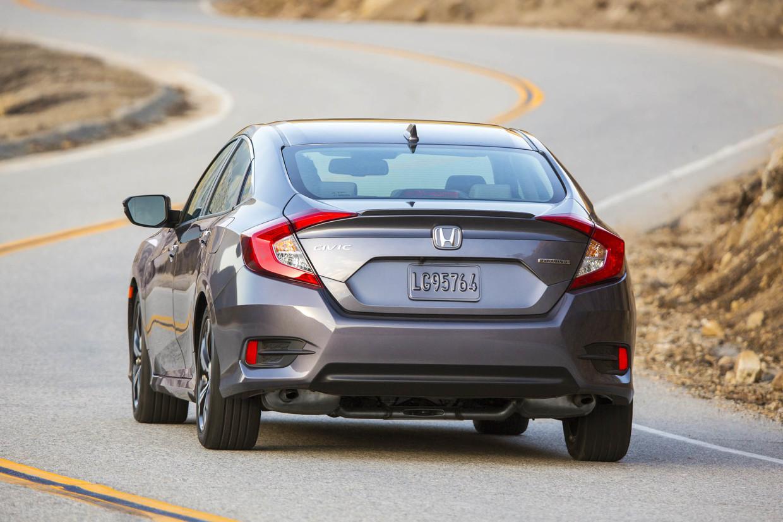 AutoWeb-2015-October-First-Drive-2016-Honda-Civic-Sedan-007