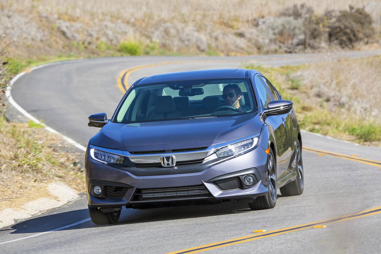 AutoWeb-2015-October-First-Drive-2016-Honda-Civic-Sedan-008