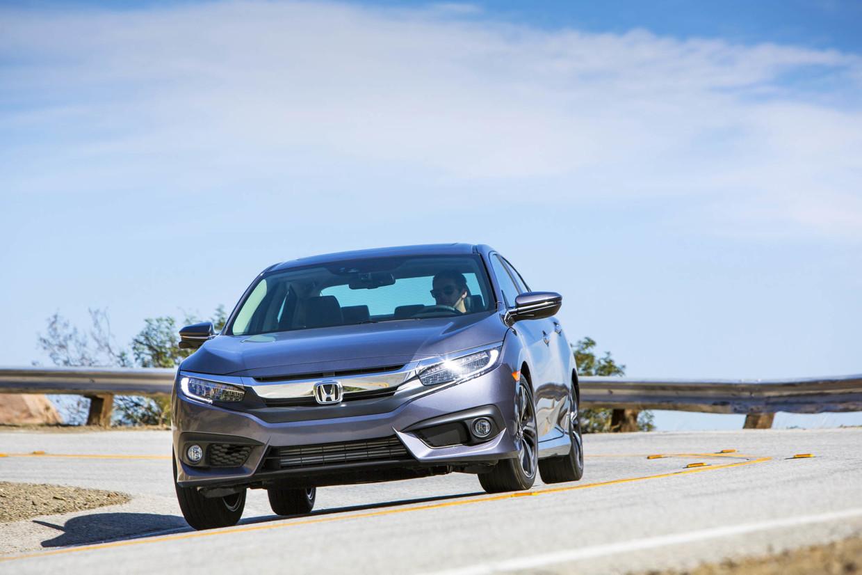 AutoWeb-2015-October-First-Drive-2016-Honda-Civic-Sedan-011