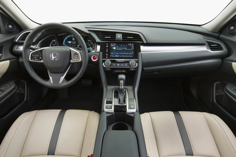 AutoWeb-2015-October-First-Drive-2016-Honda-Civic-Sedan-025